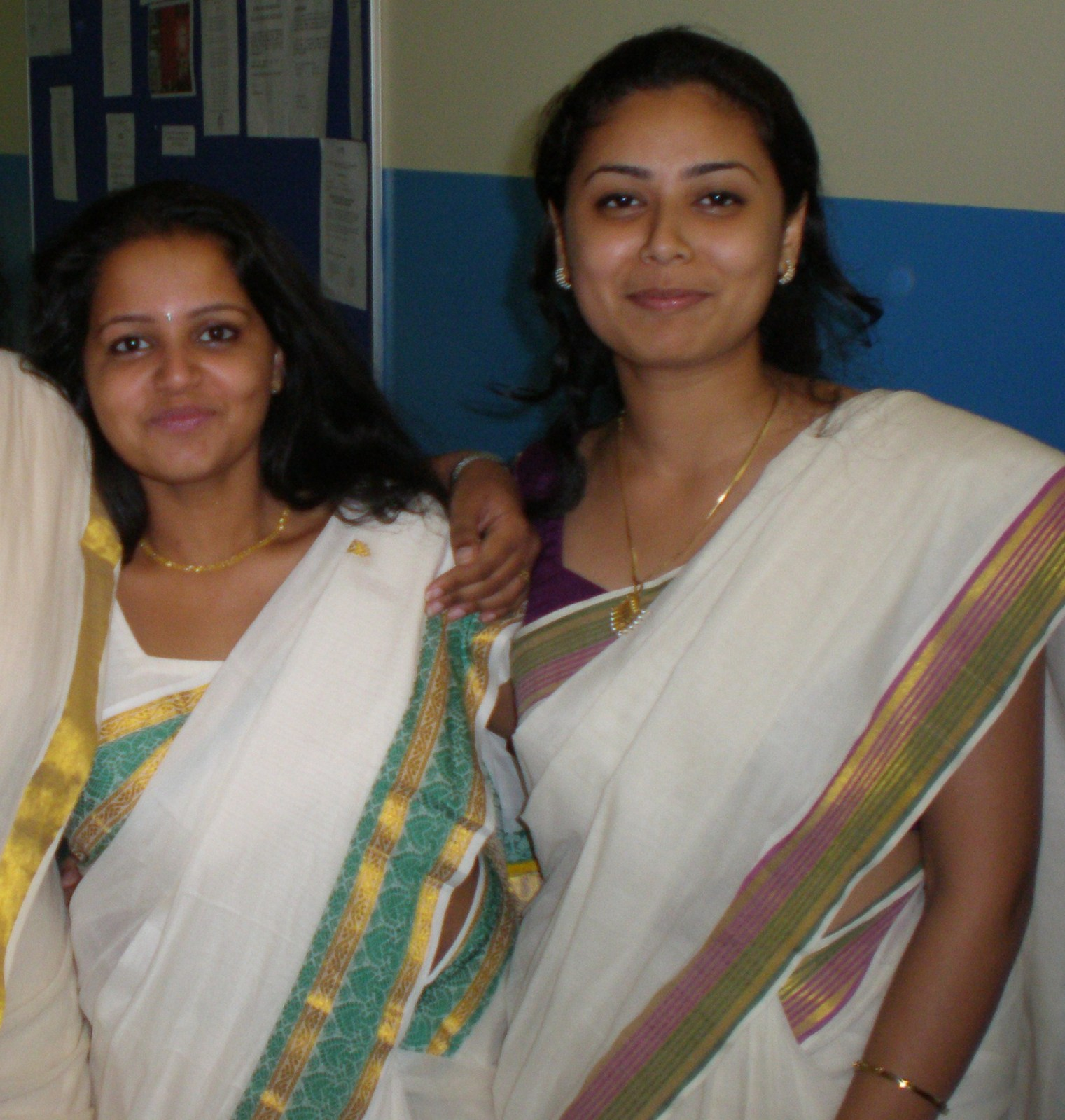 Real Life Mallu Girls In Saree