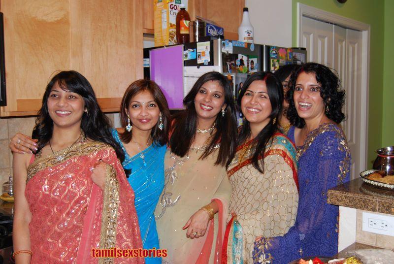 Beautiful Muslim Girls Hot Desi Aunties Boobs Show-9872