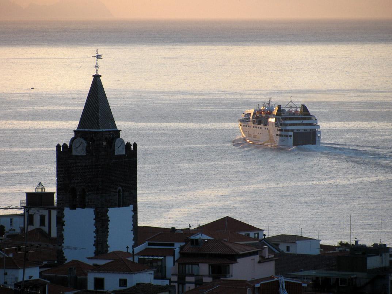 Lobo Marinho go another day to Porto Santo