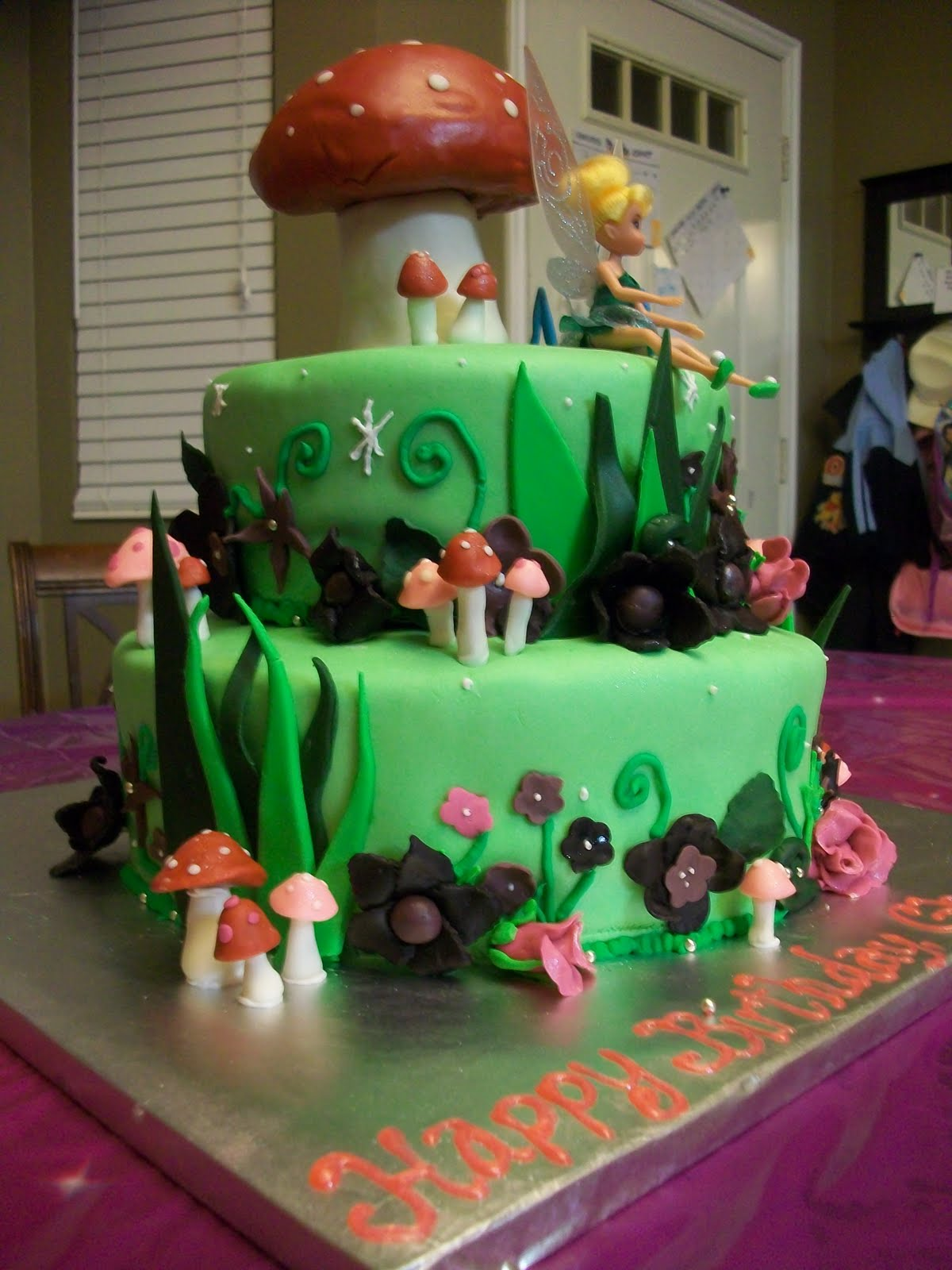 The Ardern Family Tinkerbell Cake