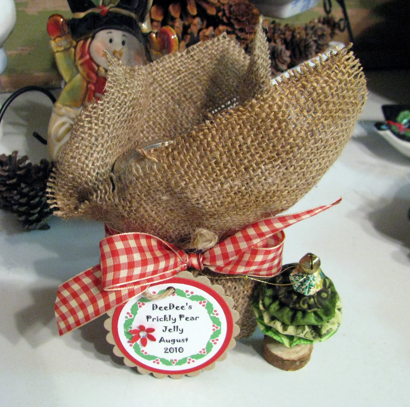 Scrappin' with DeeDee: A Country Christmas Gift