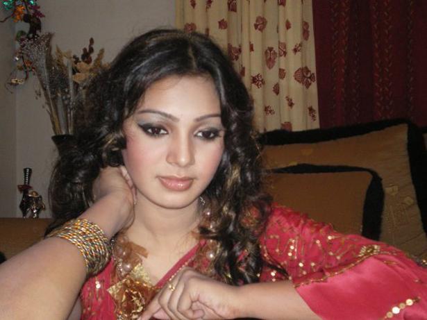 Actress Portal: Bangladeshi Model Sadia Jahan Prova MMS
