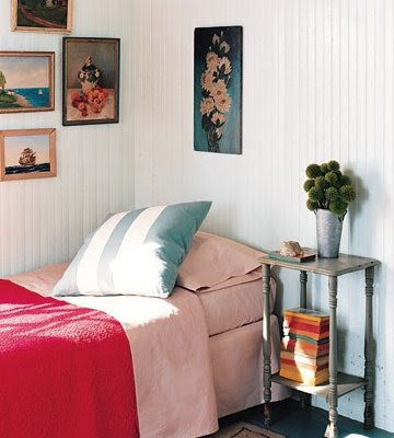 simple bungalow decor
