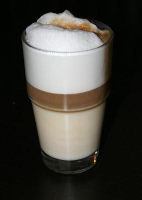 Cafe latte vs latte macchiato