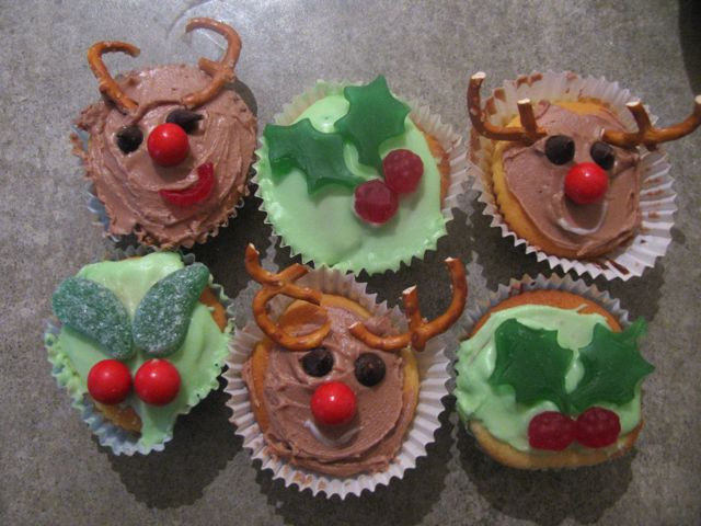 christmas in july cupcakes - Christmas Cupcake Decorations