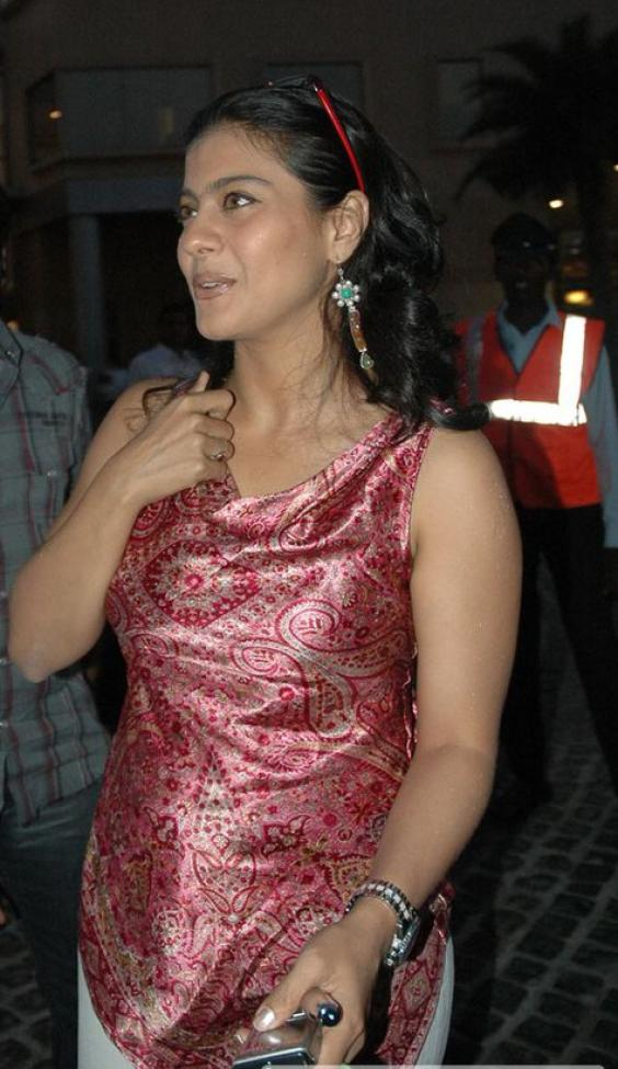 Indias Hotshot Kajol In Party For Her Movie We Are The