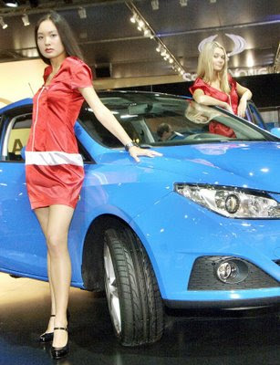 Hot girls from Moscow Auto show