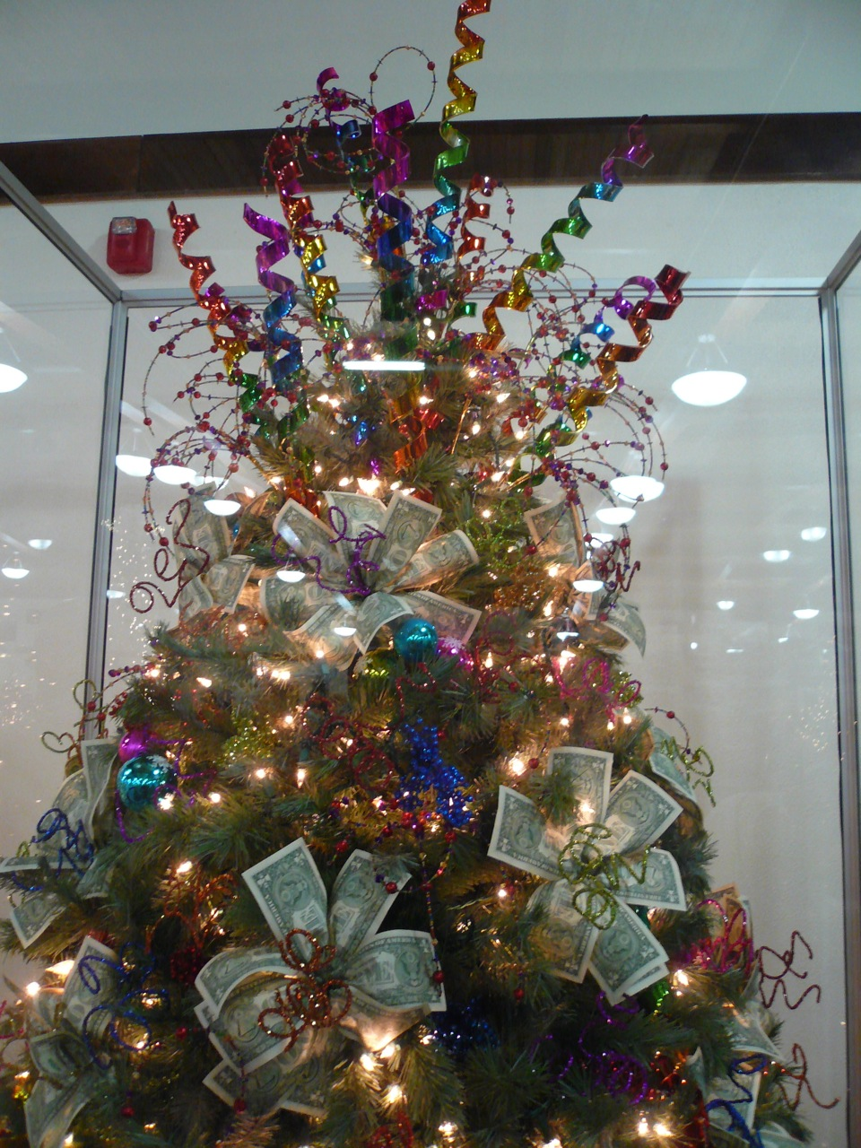 Christmas Creatives: Musing With Marlyss: Creative Christmas Trees: Money Tree
