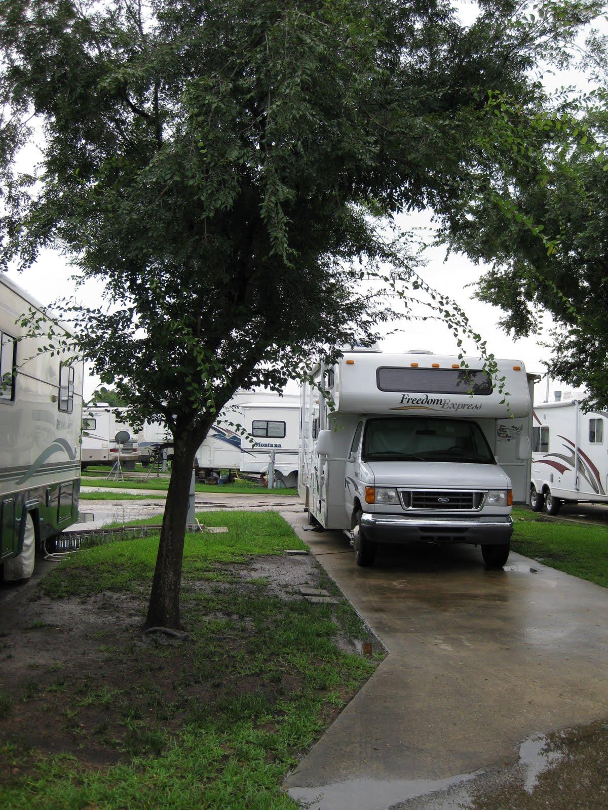 Campgroundcrazy Space Center Rv Park League City Texas