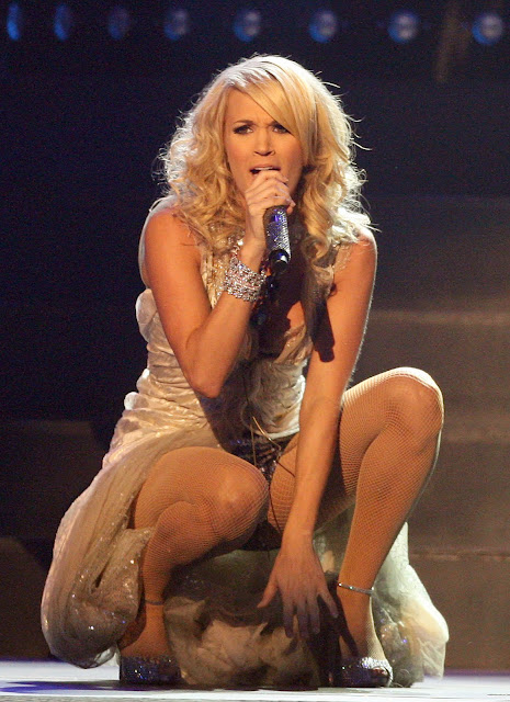 Celebrities in Pantyhose and Tights: Carrie Underwood in ...