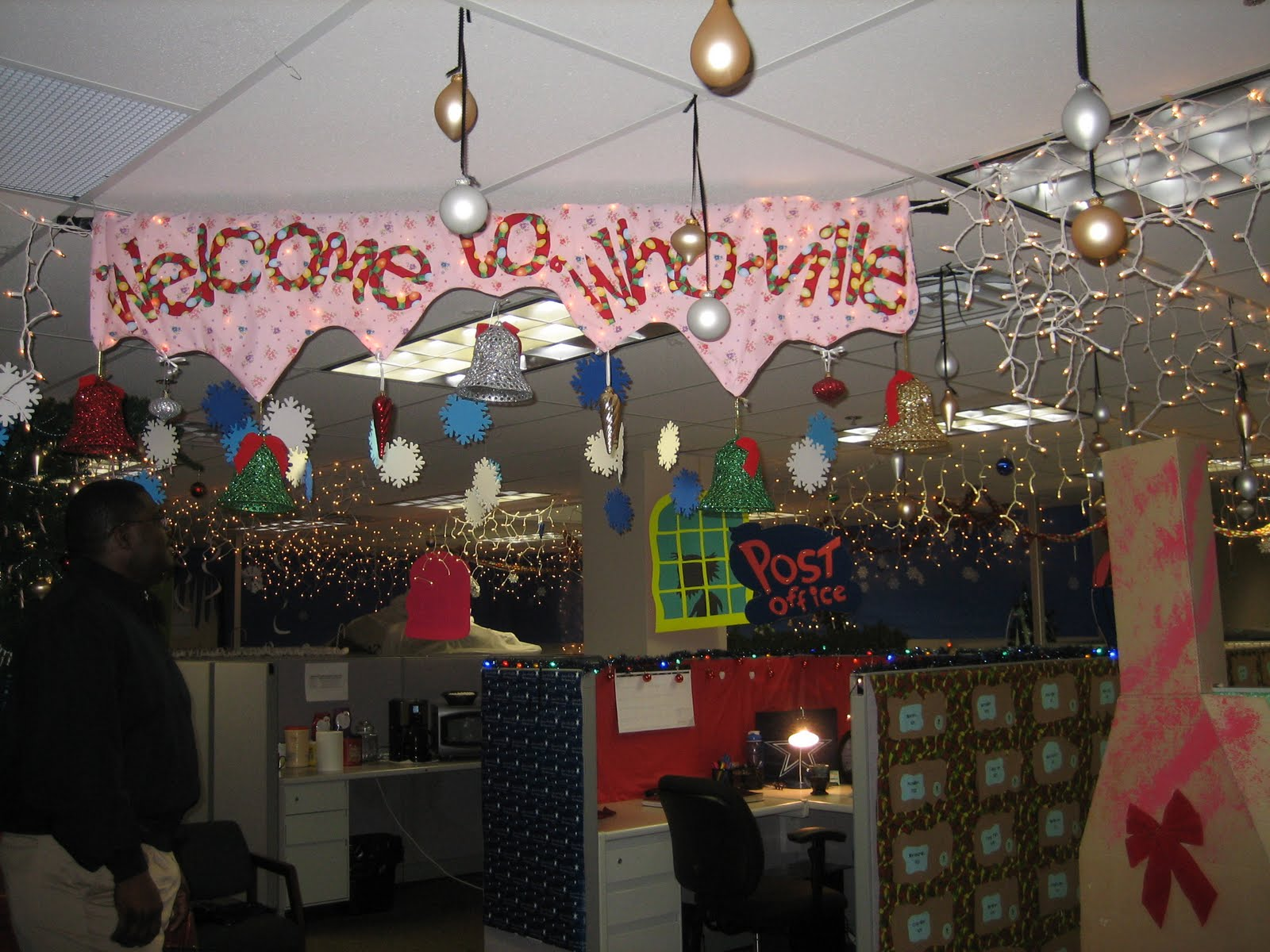 The Ivesons: Christmas Office Decorating Contest