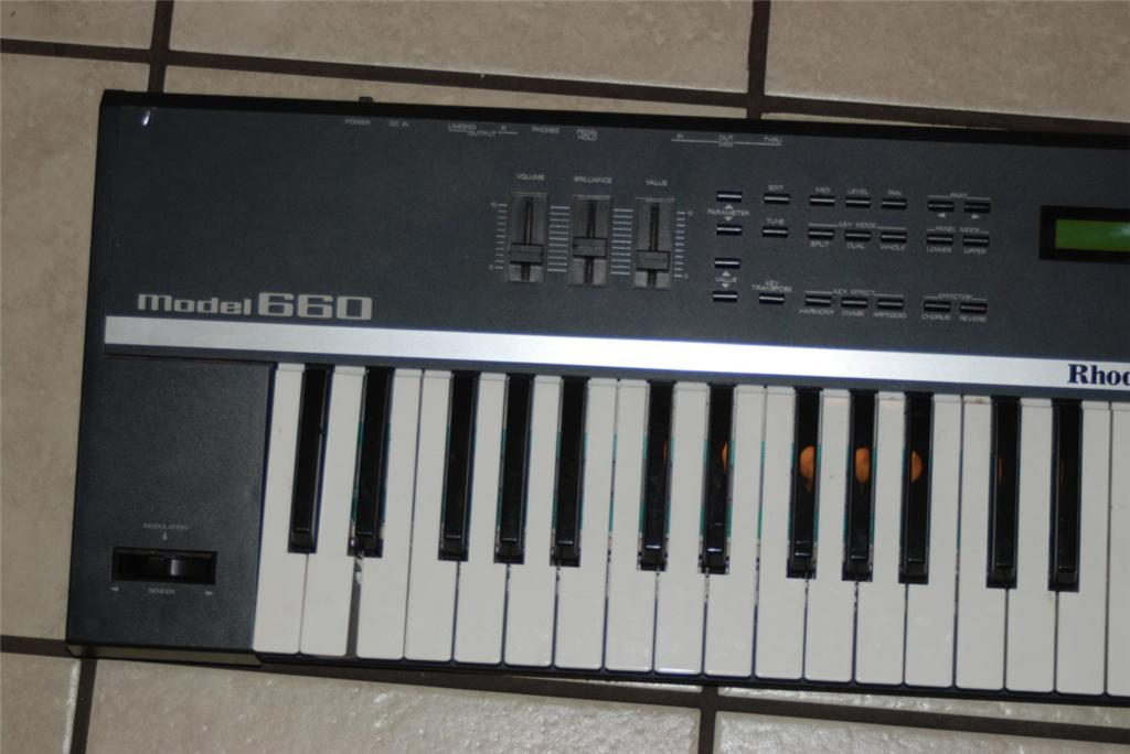 MATRIXSYNTH: Roland Rhodes Model 660 Music Keyboard Synthesizer