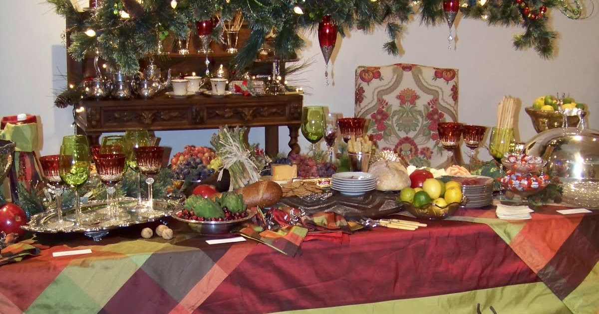 Silver Trappings Holiday Tables A Christmas Buffet