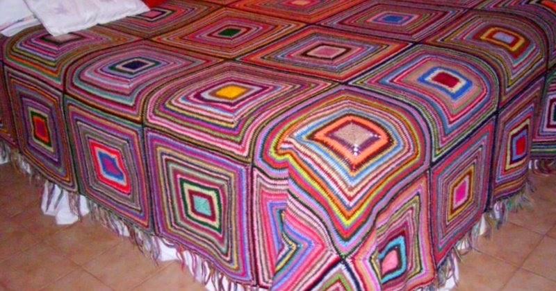 Manualidades reciclaje y pintura colcha al crochet tejida - Reciclar restos de lana ...