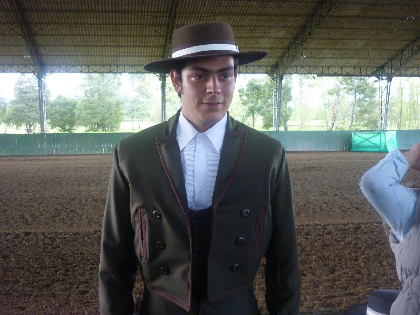 NUEVO REJONEADOR EN COLOMBIA, FELIPE VELASQUEZ OLARTE