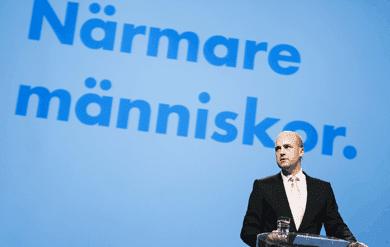 Lars olof reinfeldt lamnar moderaterna