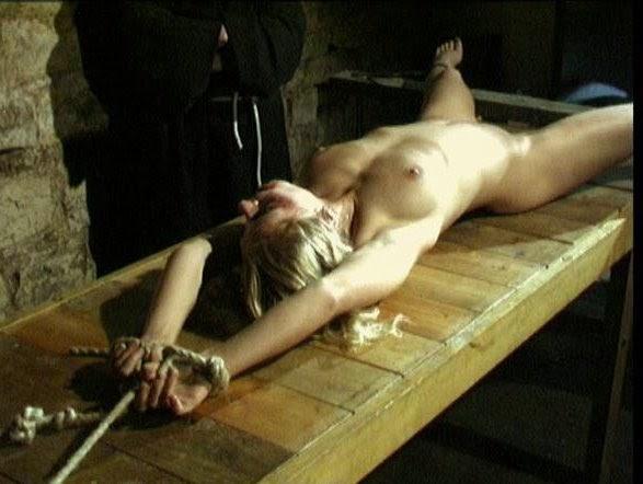 beautiful big tit women pictures