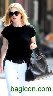 Julianne Moore And Cartier Marcello De Bag