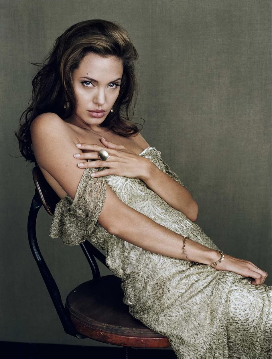 Angelina jolie sexiest pictures