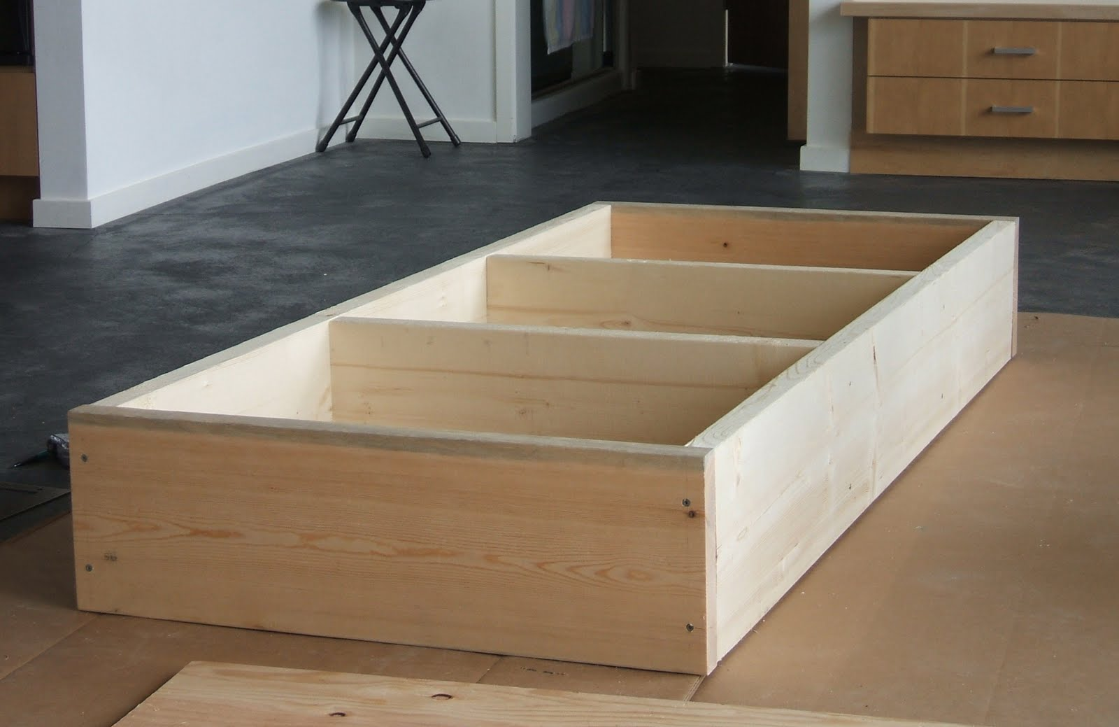 Build twin platform bed storage discover making wood for How to build a wood platform