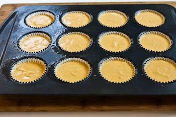 Low-Sugar Spiced Pumpkin Mini Cheesecakes  [from KalynsKitchen.com]