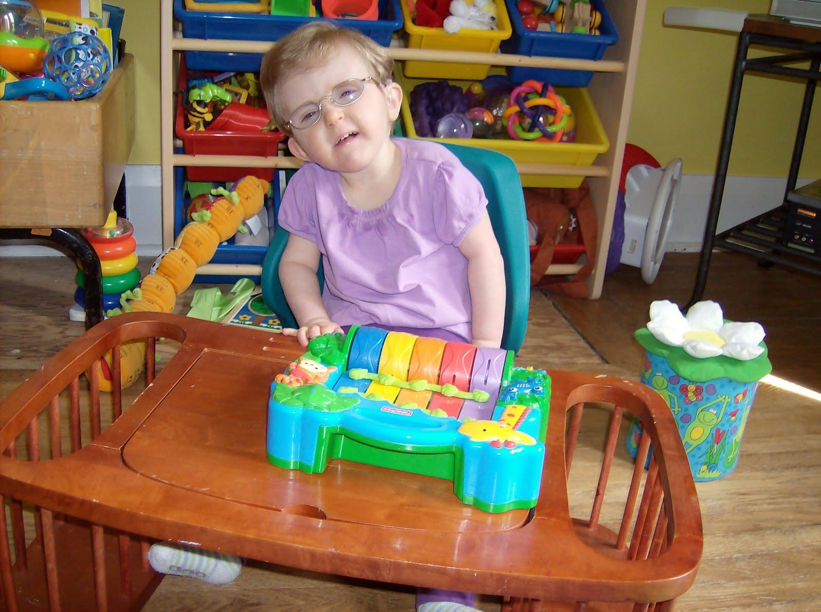 Zoe's 1p36 Blog: A new bath chair, a new playseat, new