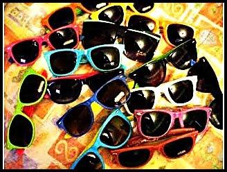 5f8c8b9a7 ... óculos é perfeito para homens e mulheres e combinando com um look  fashion e ousado, ele se destaca deixando seu rosto muito mais bonito, e  com certeza, ...