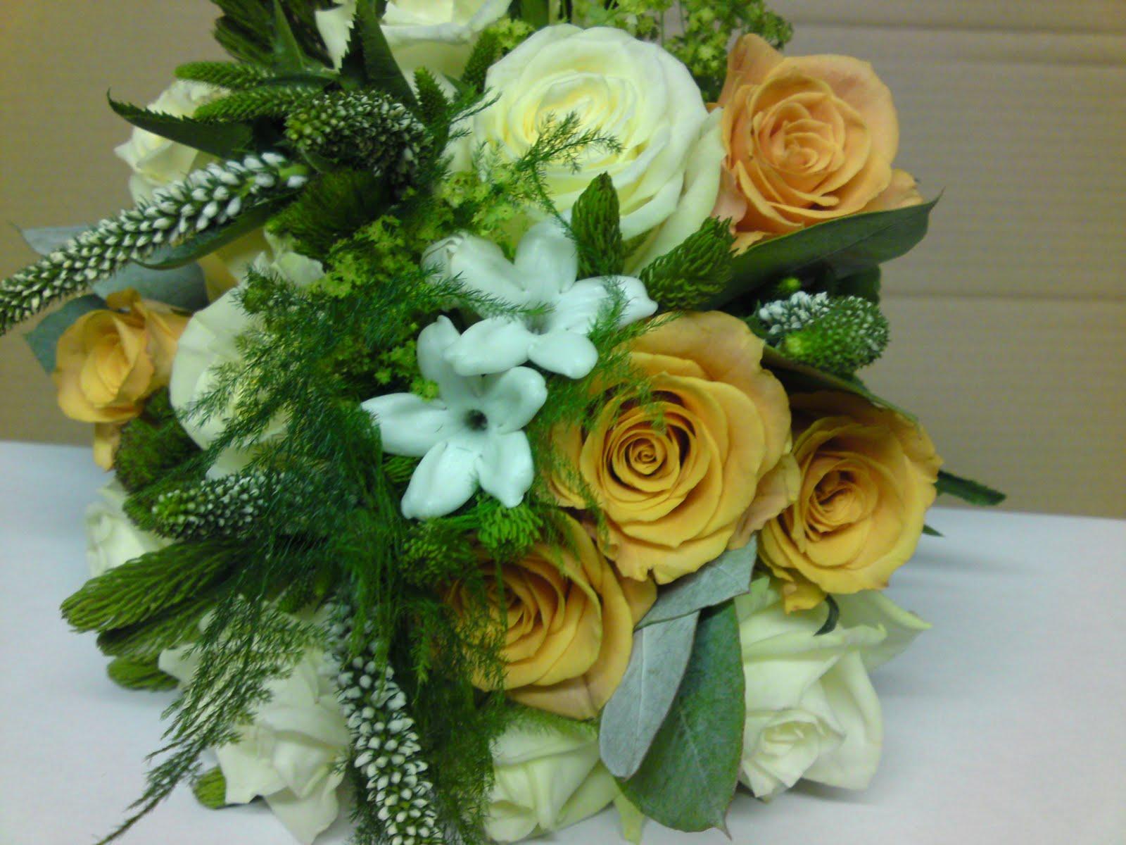 Sandras Flower Studio Red White And Gold Wedding