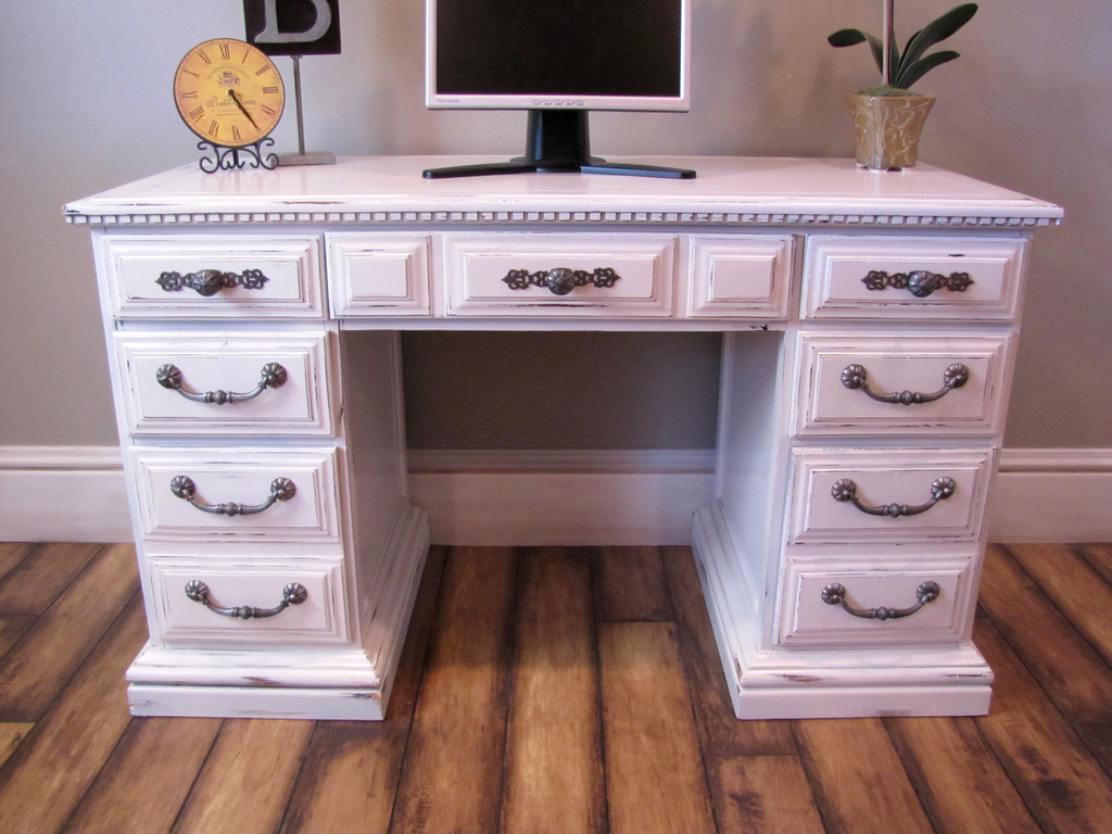 Dusty Gem Decor Antique White Desk