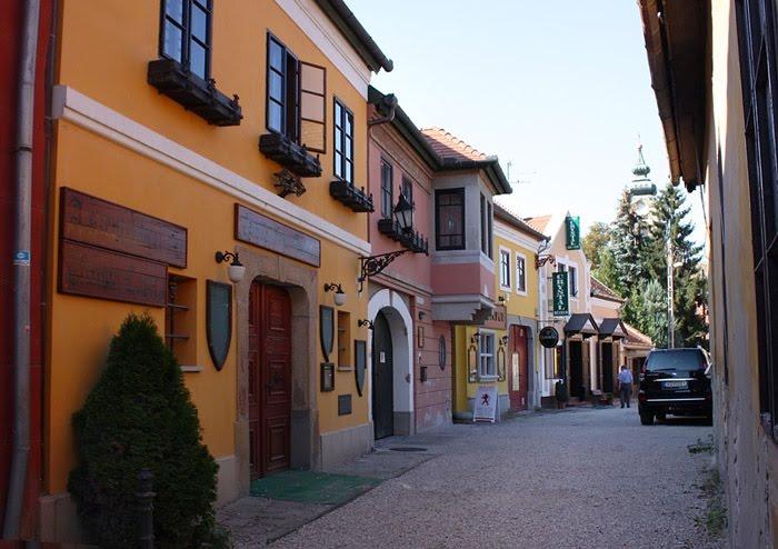 Типичная сентендровская улочка