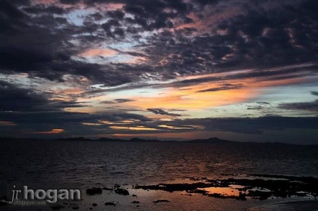 Sunset Rawa Island