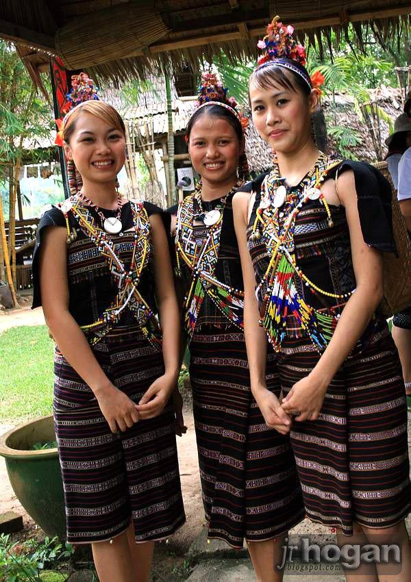 Sabah Rungus Girls