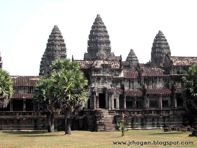 Main Angkor Wat Temple