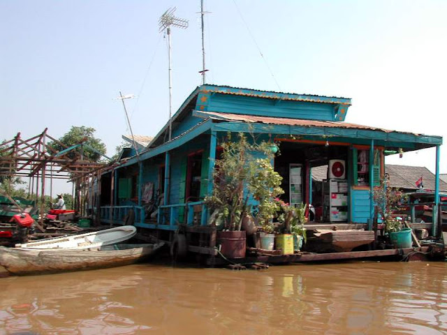 Floating Restaurant at Tonle Sap