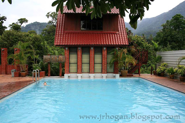 Spa Pool at Paya Beach Resort