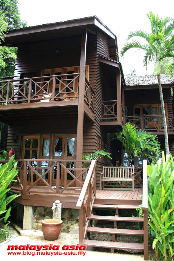 Villa Manukan Island Resort
