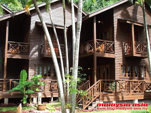Beach Lodge Manukan Island Resort