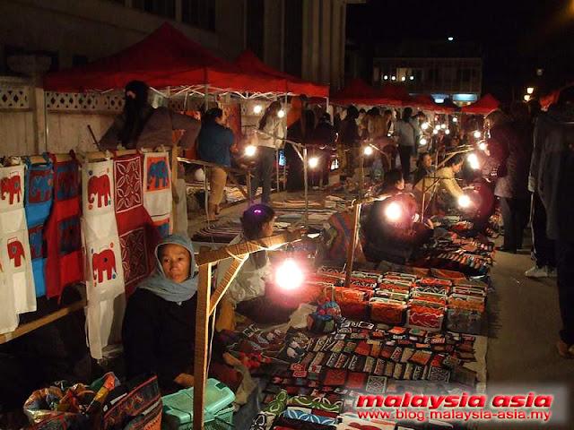 Luang Prabang Hmong Traders