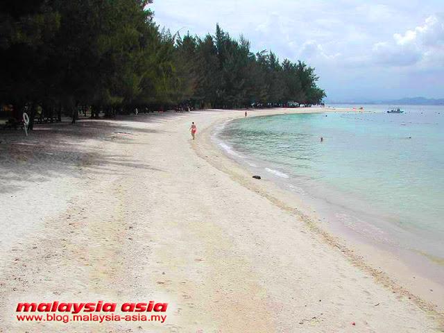 Beach at Manukan