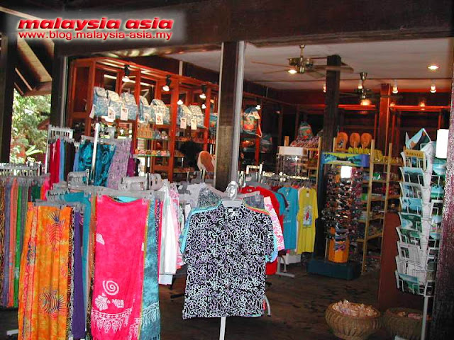 Souvenir Shop at Pulau Manukan