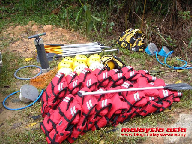 Malaysia White Water Rafting Equipment