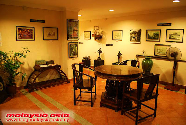 Mini Museum Hotel Puri