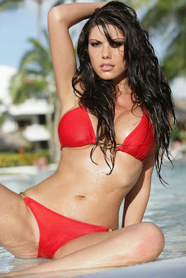 Isabela Soncinis Pictures. Hotness Rating = 9.62/10