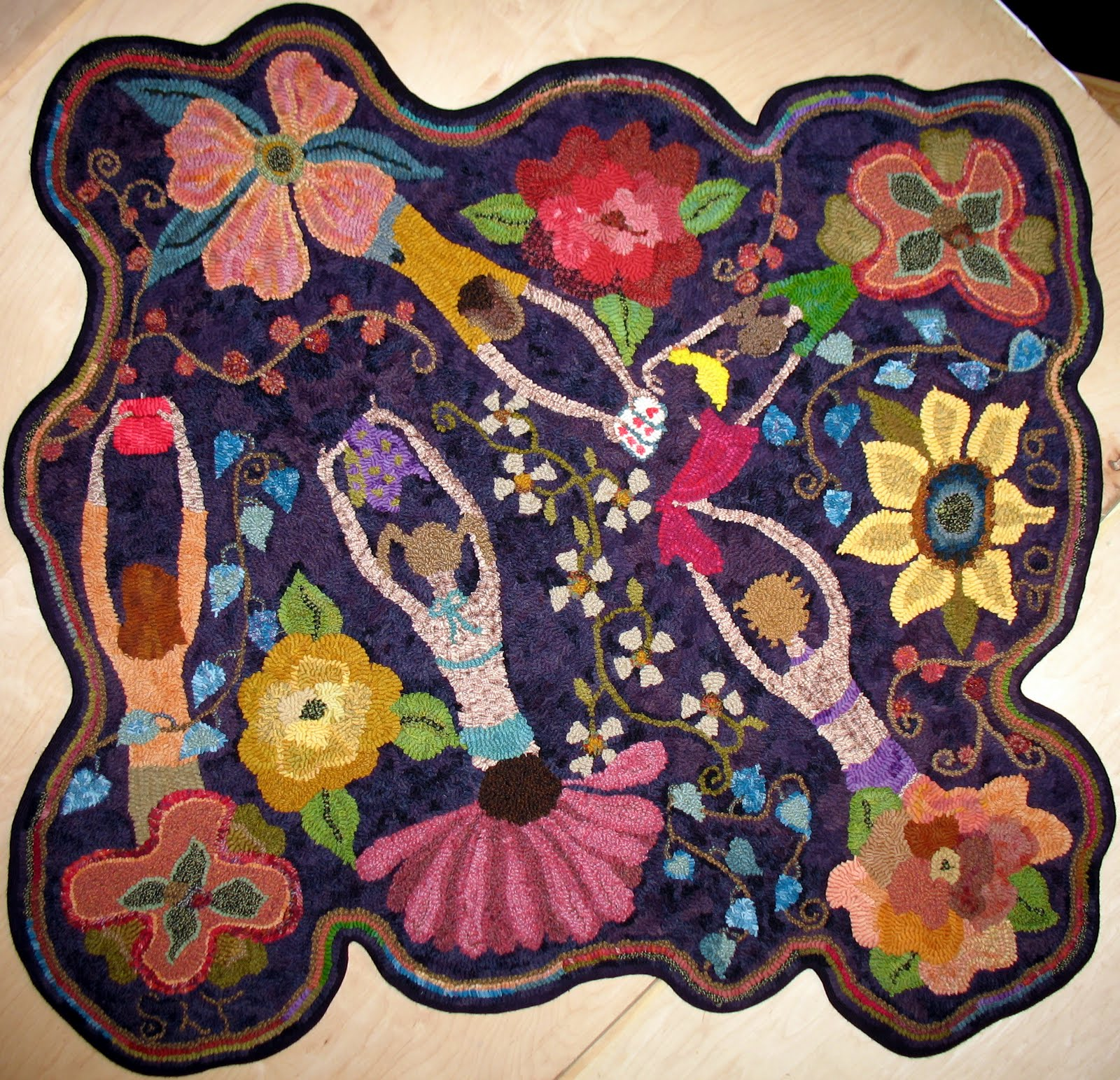 Totally Hooked Rug Hooking Escapades