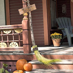 Crafty Witch Files: How To Make A Besom | Crafty's Cuppa Coffee