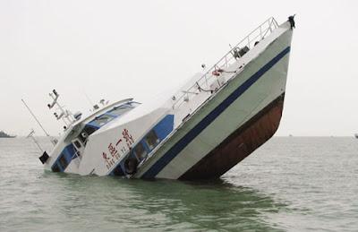 Resultado de imagem para agora o barco vai afunda