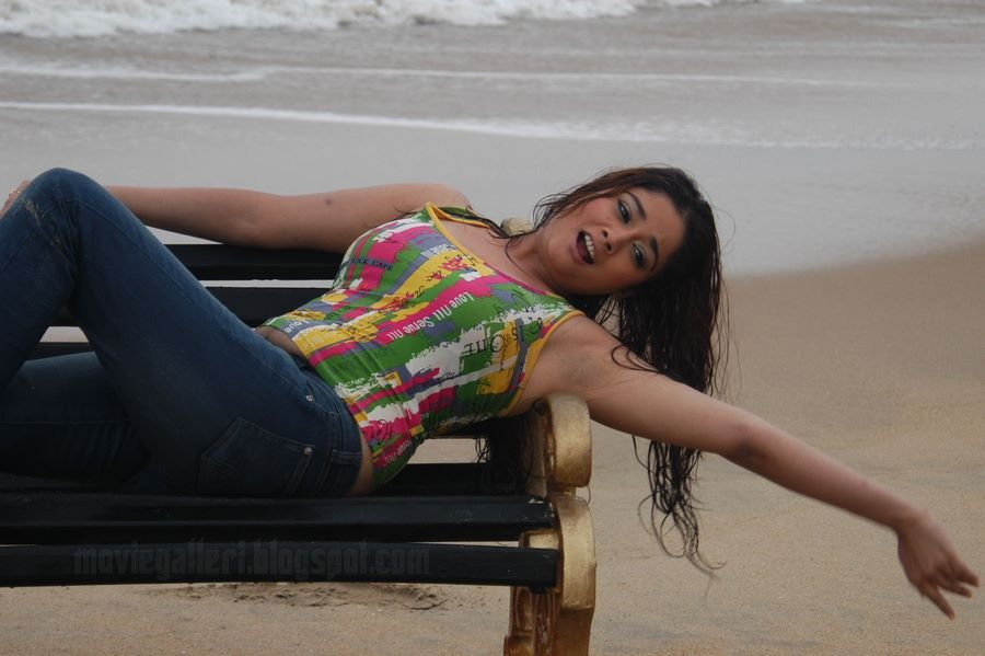 Kiran Rathod Hot Spicy Wallpapers