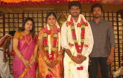 Actor Vijay Family In Vikranth Marriage Stills Photos New Movie
