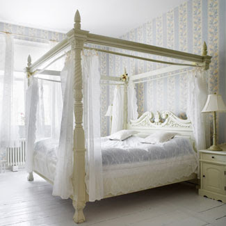 Whitehaven dreaming of white canopy beds - Pictures of canopy beds ...
