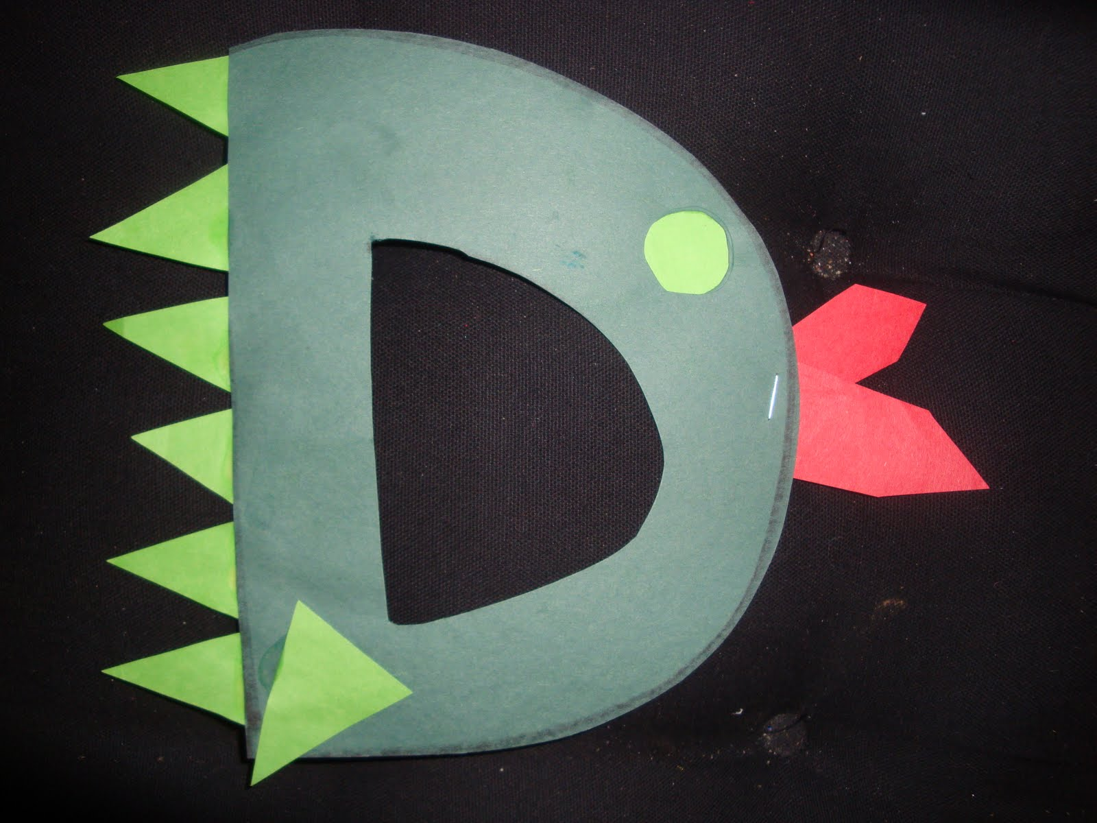 Nicci's Little Angels Arts & Craft Projects: Letter D
